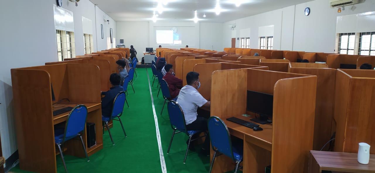 Kegiatan tes akademik Kampus Unizar   talikanews.com