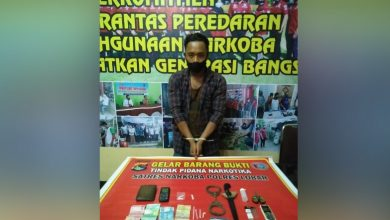 Photo of Tunggu Pembeli, Pengedar Sabu asal Sandik di Ringkus Tim Resnarkoba Lombok Barat