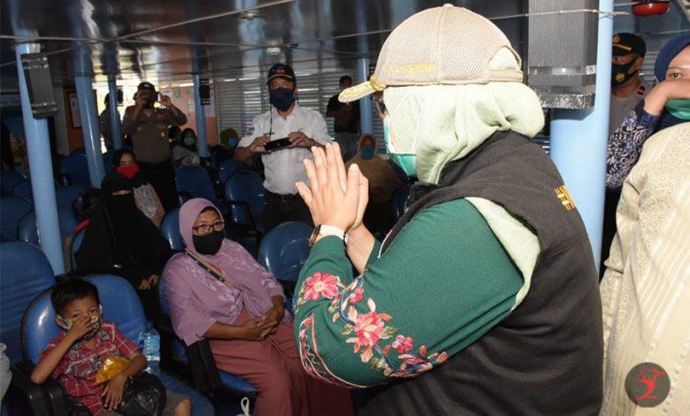 Wagub Sisir Penggunaan Masker di Pelabuhan Kayangan