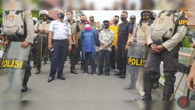 Photo of DPRD NTB tetap Bersama Rakyat, Akan Perjuangkan Mencabut UU Cipta Kerja, Aksi Ricuh