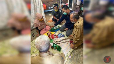Photo of Gubernur NTB Temui Annisa, Bocah Pengidap Sindrom Selaput Otak di Tente Bima