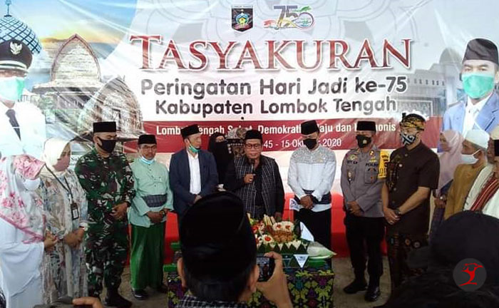 H Moh Suhaili di Tasyakuran HUT Loteng ke-75 | Talikanews.com