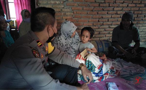 Kasat Sabhara Polres Loteng Datangi Muhammad Alfarizi | TalikaNews.com
