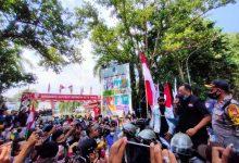 Photo of Mahasiswa dan LSM Gedor Kantor Gubernur NTB, Tolak UU Omnibus Law
