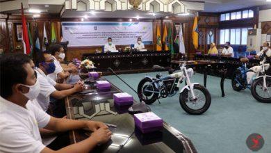 "Photo of ""Learning by Doing"", Gubernur Kembangkan Sepeda Listrik Simbol Teknologi NTB"