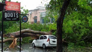Photo of Angin Puting Beliung Rusak Rumah dan Tumbangkan Pohon, TNI – Polri Kota Mataram bantu Evakuasi