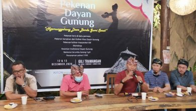 "Photo of Bangkitkan Pariwisata, Pelaku Wisata Lombok Utara Gelar ""Ngemunggahang Dowe Banda Gumi Sasak"" Pekanan Dayan Gunung"