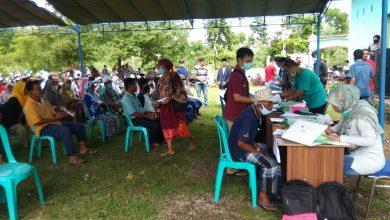 Photo of BPN Loteng Bersama Pemdes Batunyala bagikan 600 Sertifikat Tanah Tahap Pertama