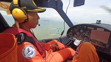 Photo of Sepekan Tak Temukan Nelayan asal Gerupuk yang Hilang, Basarnas Mataram Turunkan Pesawat PK-S208 untuk Mencari