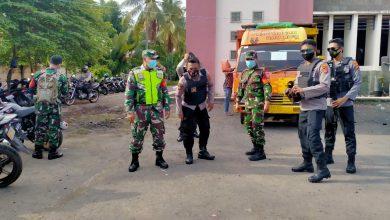 Photo of Pendistribusian APD untuk Penyelenggara Pemilihan Kepala Daerah Dikawal Ketat TNI-Polri Loteng