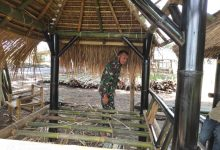 Photo of Ini Cara Babinsa Bujak Lombok Tengah Mendorong Ekonomi Kreatif Warga di Masa Pandemi Covid-19