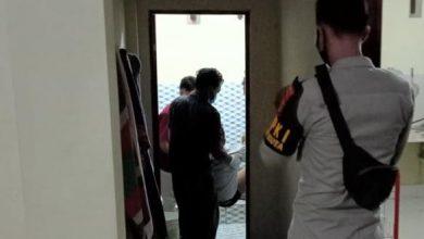 Photo of Seorang Karyawan Proyek KEK Mandalika Lombok asal Jawa Tengah Ditemukan Meninggal di Toilet