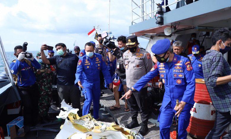 Proses Pencarian Korban Pesawat Sriwijaya Air SJ 182