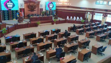 Photo of Gegara Tiga Dewan NTB Terpapar Covid-19, Rapat Paripurna hanya di Hadiri Delapan Orang