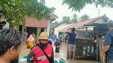 Photo of 319 Rumah dan 789 KK di Labuhan Haji Lombok Timur Terendam Banjir