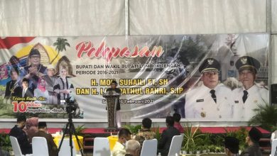 Photo of Suhaili-Pathul Lepas Jabatan sebagai Kepala Daerah, Dalam Kondisi Sakit Terbayang Penyesalan 10 Tahun