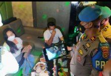 Photo of Tidak Ingin Anggota di Tempat Hiburan Malam, Propam Polda NTB dan Denpom TNI Gelar Razia