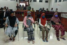Photo of Dakwaan JPU Dinilai kurang Cermat, Majelis Hakim PN Praya Hentikan kasus Empat IRT