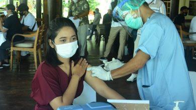 Photo of Pulihkan Ekonomi melalui Sektor Pariwisata, Pemda Lombok Barat Vaksin Pelaku Pariwisata