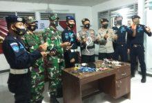 Photo of Antisipasi Peredaran Narkoba Dalam Lapas, Gabungan TNI-Polri dan Petugas Rutan Kelas II B Praya lakukan Razia