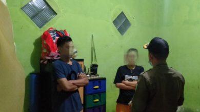 Photo of Berduaan di Kamar Kos, BR dan LA Dibawa ke Kantor Satpol PP KSB